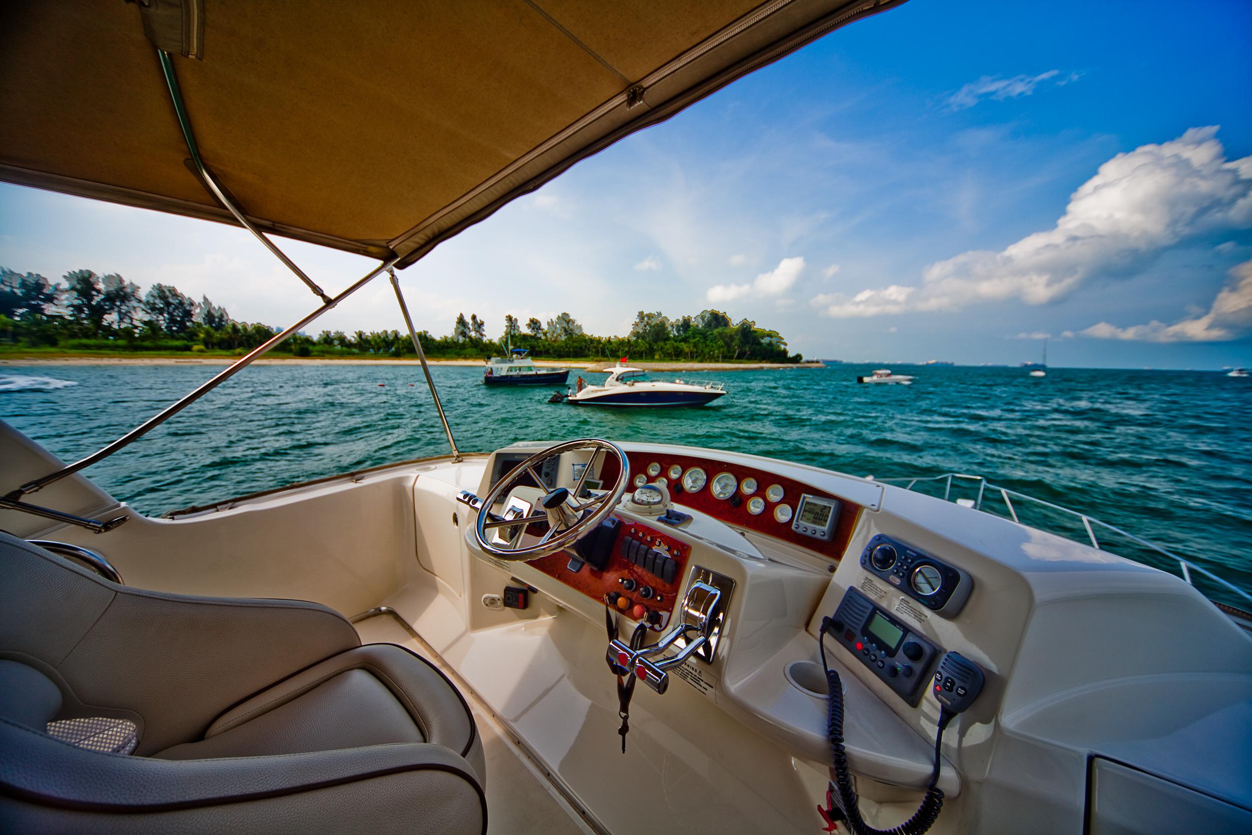 yacht charter service around singapore